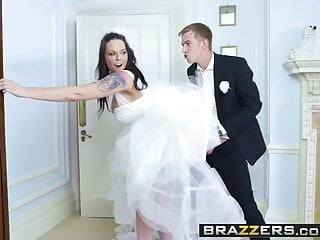Brazzers – Big Butts Like It Big – Simony Diamond and Danny