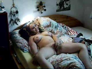 Amateur nude mom posing on bed