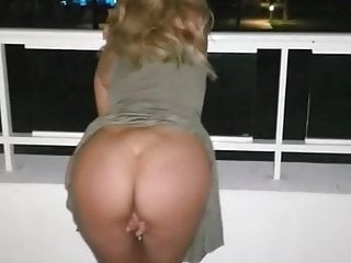 Boiling hot GF rubs slippery hole on hotel balcony for guests