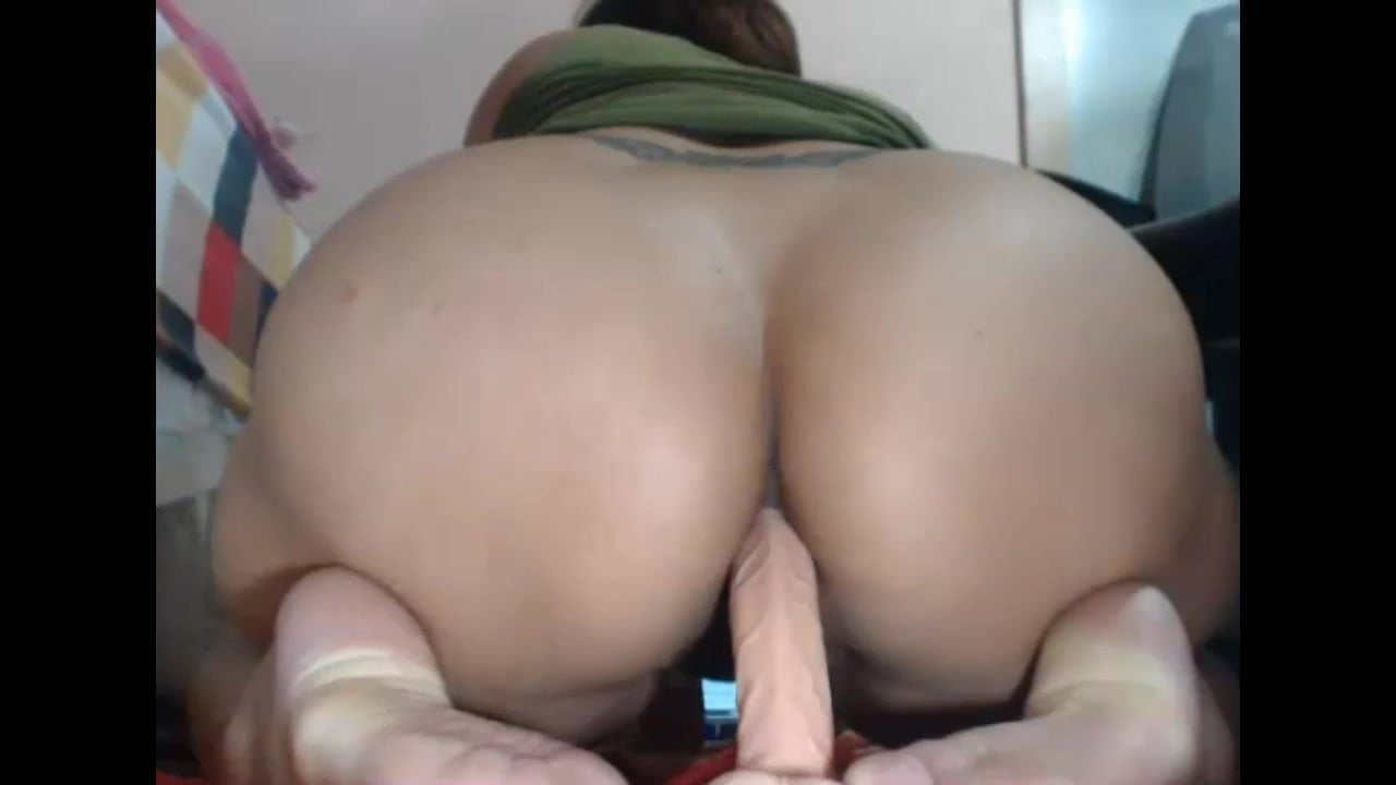 Busty Milf Dildo Webcam