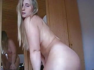 White girl fat ass dancing...