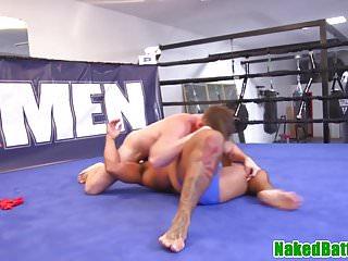 Wrestling hunk licks latino armpits before bj...