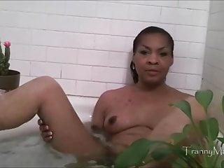 Ts cludia tranny bath...