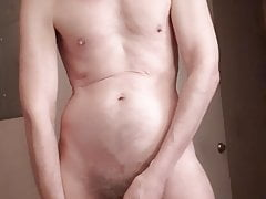 taking a piss & drinking itPorn Videos