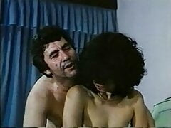 greek porn oi erastes toy aigeoy mayro veloydino kormi(1983)