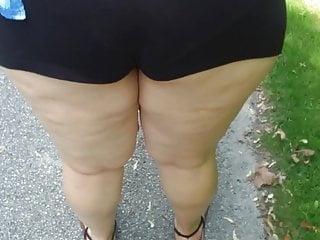 Big white booty park adventure pt 1...