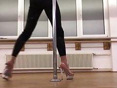 Sina Wilke sexy poledance !!!!!!!!!!!!!!!!!