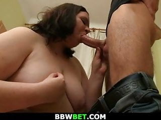 Dude fucks plumper over a hundred kilos...
