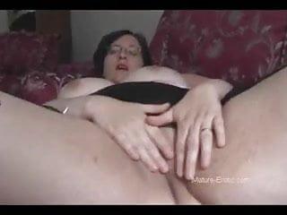 Bbw ass striptease...