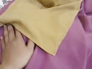 Asian Bukkake Handjob video: Tudung Purdah