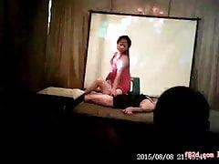striptease 8