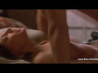 Cerina Vincent nude - Cabin Fever (2002)