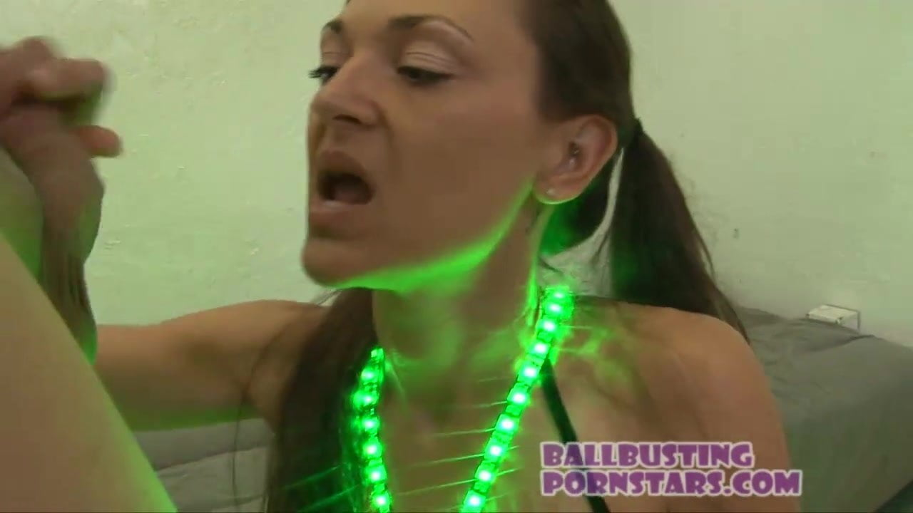 rave girl fucked at a massive rave