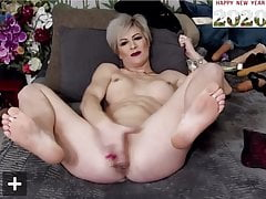 Mature Blonde Cums and Squirts