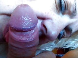 Mature slut blowjob...