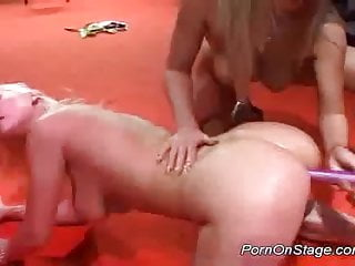 Lesbian strippers babes sex on stage squizing tits