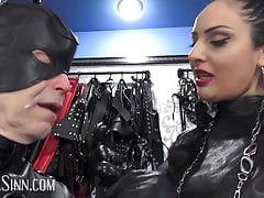 The right gag for a leather slut (preview)