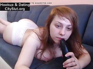 Redhead webcam with dildo...