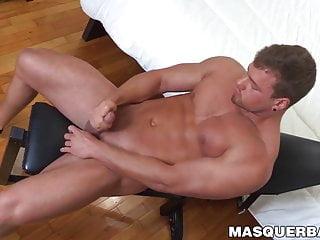 Hunky muscular dude brad jerks solo...