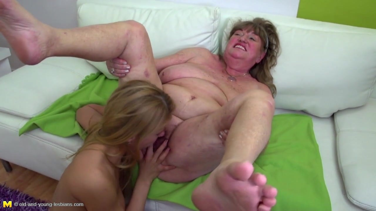 Milf Eating Young Pussy