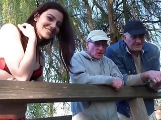 Two oldmen banged cutie whore whilst fishing
