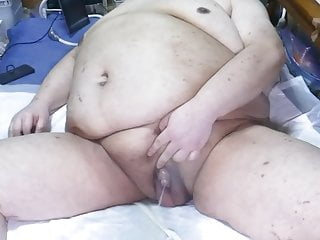 Chubby japanese bitch shino was exposed pissing show...