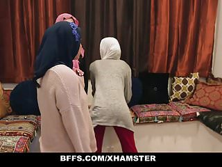 Girls In Inexperienced Fuck Poonjab - BFFS Shy Their Hijabs