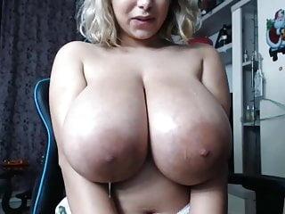 Massive spit webcam bbw...