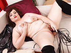Chubby mature Anett uses a dildo whip