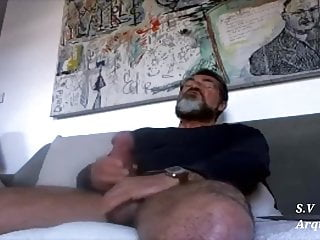 Sexy daddy cum 01...