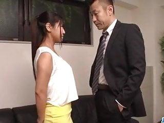 在Yu More的辦公室裡令人陶醉的他媽的在JAVHD網