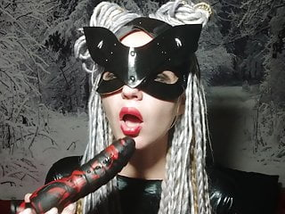 CatWoman Cosplay – blowjob