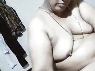 video: Mature aunty