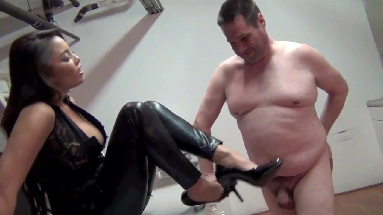 Chinese Big Tits Masturbation