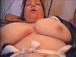 German BBW Astrid fucks herself