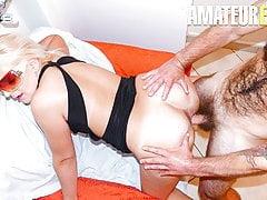 SCAMBISTI MATURI - Michela & Giuseppe First Porn Shoot Ever