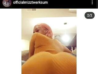 MizzTwerksum shaking ass compilation