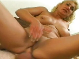 Big Titted Chunky Mature Dana Recieves Anal