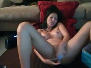 Sexy squirting pussy...