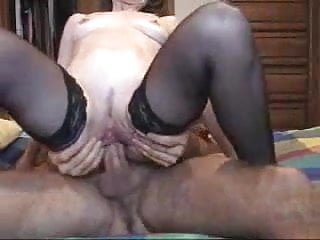 Mature anal screamer