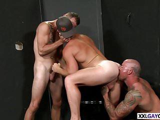 Threesome fuck...