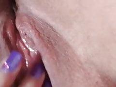 Geile Sau von Badoo schickt mir ein Video 6 und hat Orgasmus