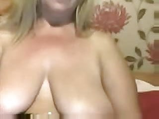 Saggy mature tits