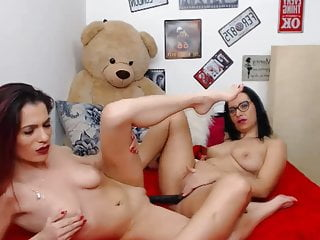 Two Babe Fucking With Strap On Toy On Cam