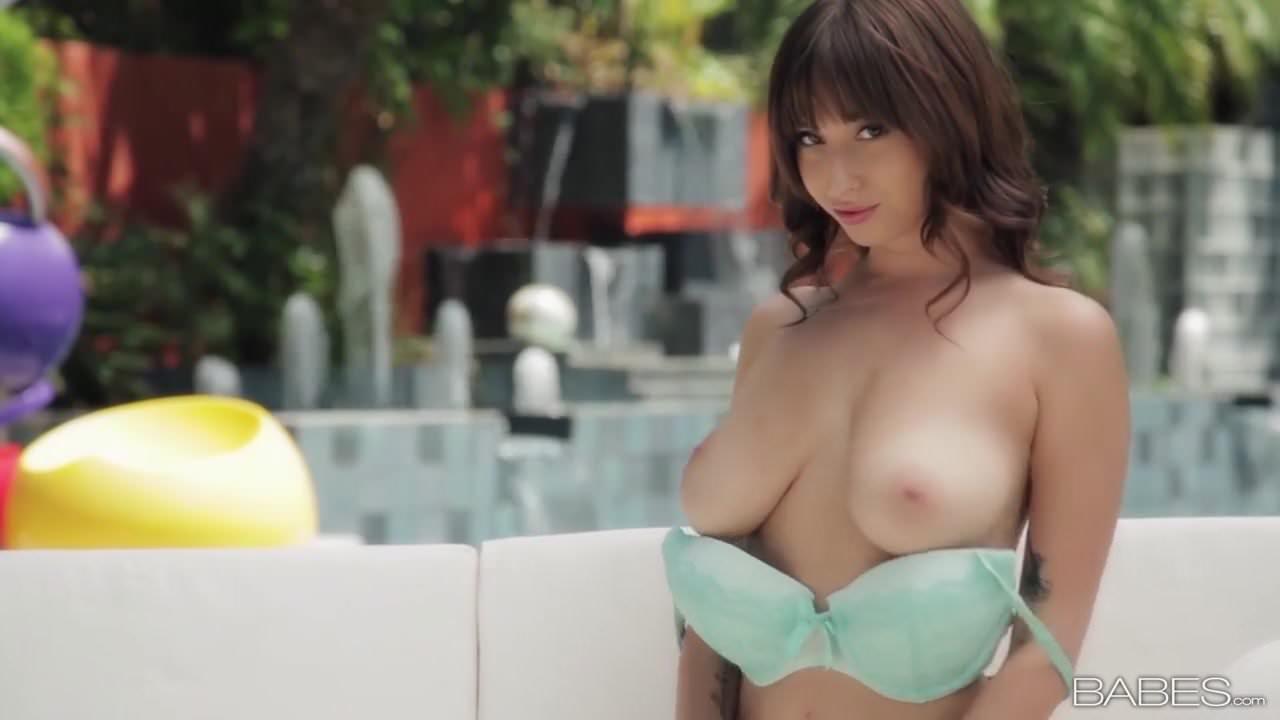 shay-laren-sexy-gif