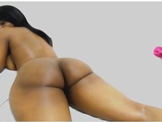 Ebony booty twerk bend over and spread her...