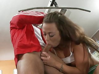 Fit stud gets his long pole sucked by...
