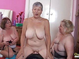 masturbating N169...