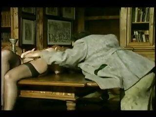 Vintage Double Penetration Blonde vid: VAMPIRE