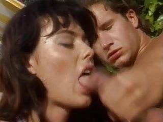 Anita Dark 3some